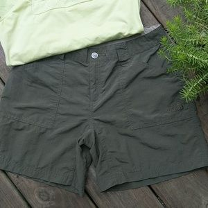 NWOT The North Face Shorts